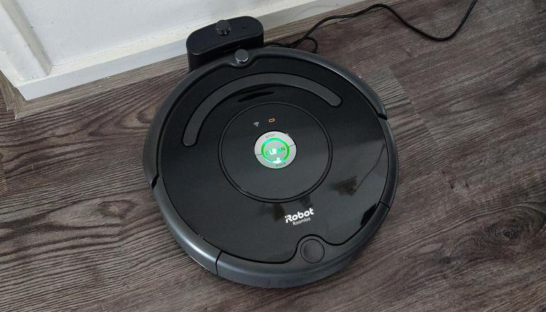 iRobot Roomba 671 avis et test : ce que vaut cet aspirateur